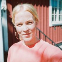 self portrait fotograf Gotland Linnea Ronström
